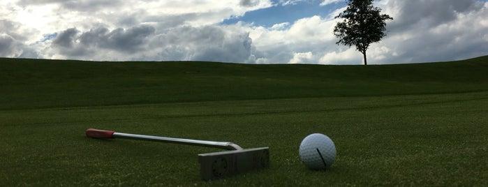 Golfclub Hof Hausen vor der Sonne is one of Golf Rhein-Main.