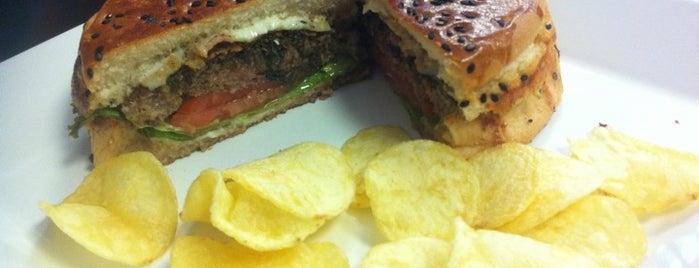 Café com Tango is one of Best Burger Quest - BH.