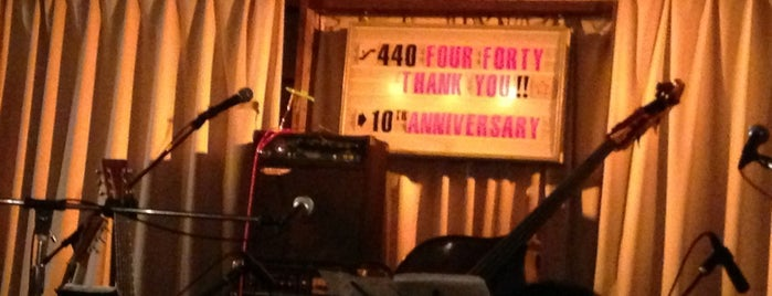 440 (four forty) is one of ライブハウス.