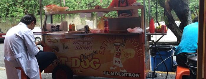 Hot Dogs el Moustron is one of Por conocer.