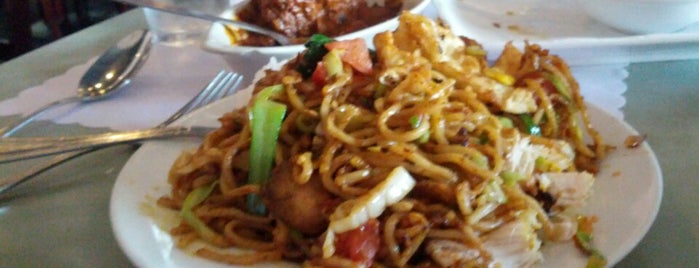 Jayakarta Restaurant is one of Guide to Berkeley's best spots.