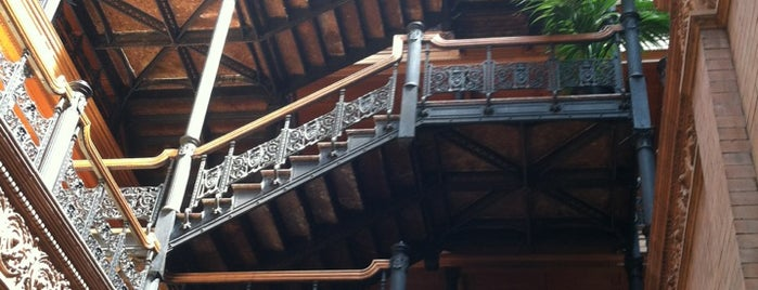 Bradbury Building is one of 100 Cheap Date Ideas in LA.