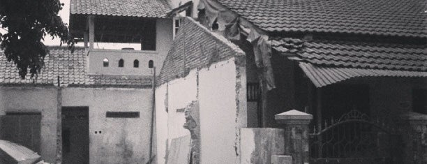 Jl. Semanan is one of All-time favorites in Indonesia.