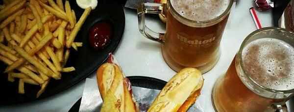 100 Montaditos is one of Restaurantes donde comer en Barcelona.