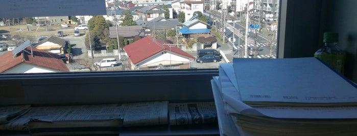 多摩区立図書館菅閲覧所 is one of 近所.