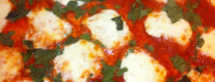 Buddyz Pizza is one of Favorite Restaurants.