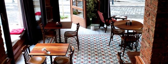 Corinne Hotel & Brasserie is one of istanbulda arka sokak lezzetleri.