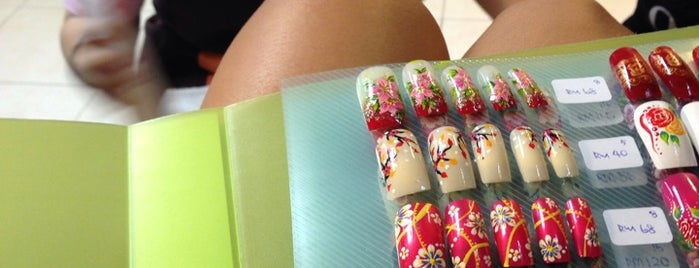 Be Nails Design is one of enday.