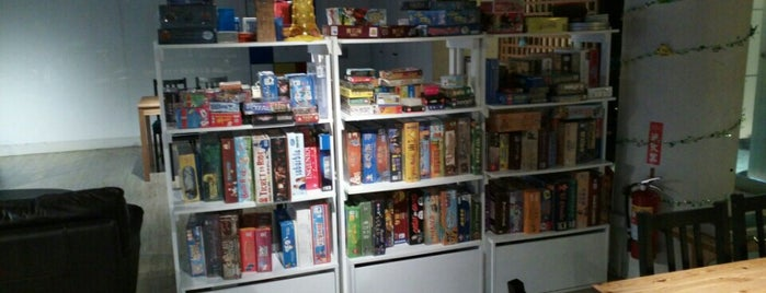8F 聚會空間 is one of 桌遊店和俱樂部 Board game shops/cafes in Taipei.