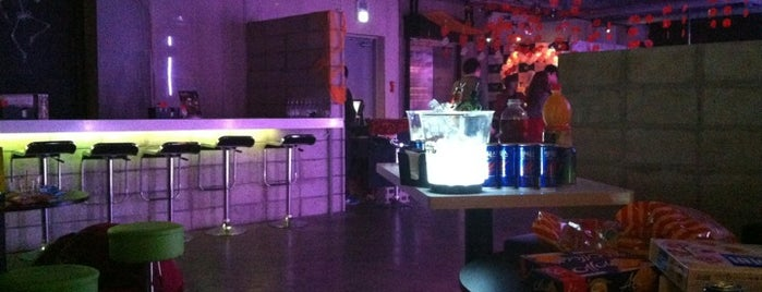 ROOFTOP CLUB 4X is one of Best night spots.