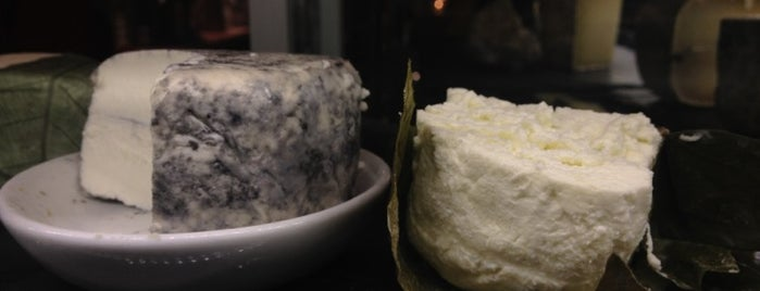 Murray's Cheese Bar is one of NY Vegetarian Favorites.