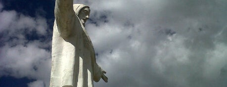Cristo Blanco is one of Perú.