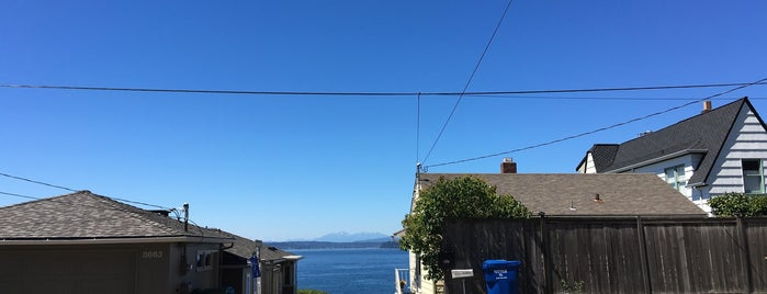 Fauntleroy Neighborhood is one of Favorite places I've visited.