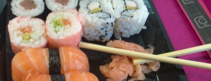 Sushimore is one of Restaurantes que admiten cheques Gourmet.