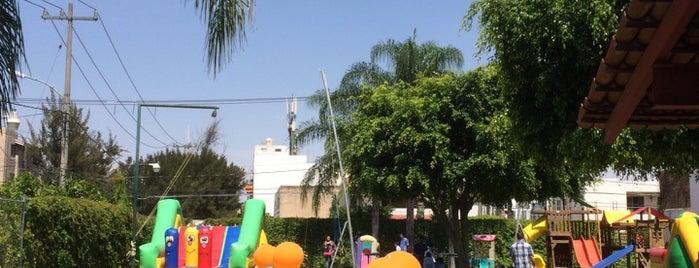 El Papalote Jardín de Fiestas is one of play grounds.