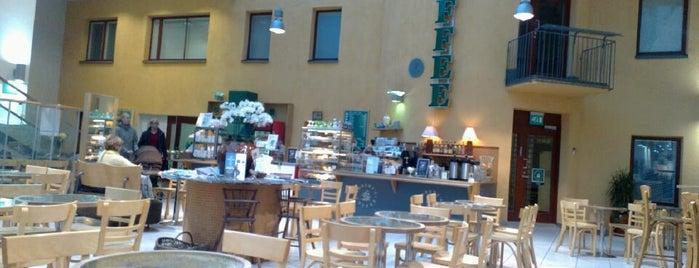 Robert's Coffee is one of Oulu.