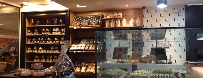 Katz Chocolates is one of pra conhecer.