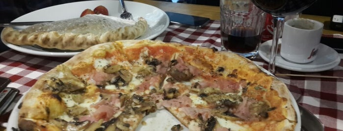 pizzeria al trancio is one of Best Pizza.