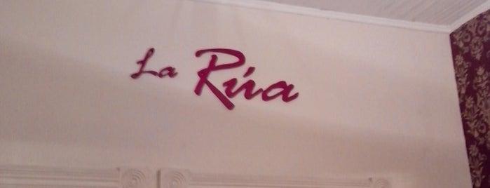 La Rua Café Bistro is one of Coffee Break.