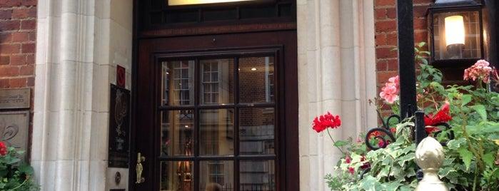 Le Gavroche is one of London.