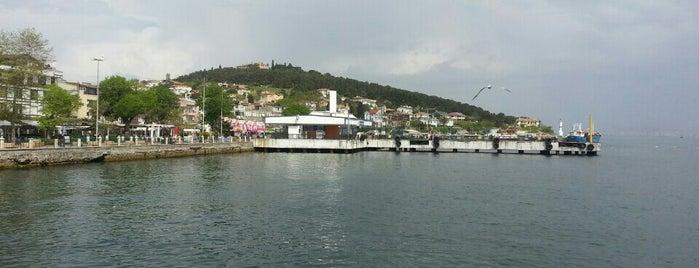 Heybeliada is one of İstanbul'un Adaları.