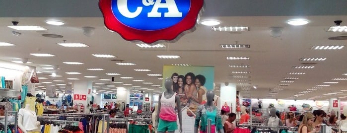 C&A is one of Por onde andei.