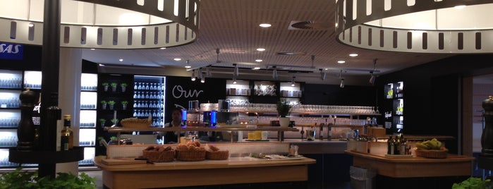 SAS Business/Scandinavian Lounge is one of Airport Lounges.