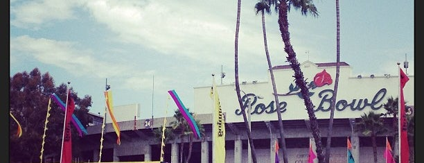 Rose Bowl Flea Market and Market Place is one of 100 Cheap Date Ideas in LA.