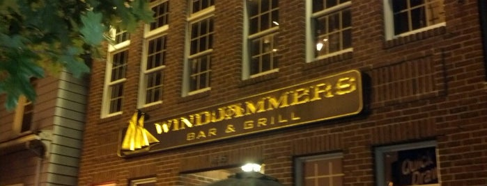 WindJammers is one of Dive Bars.