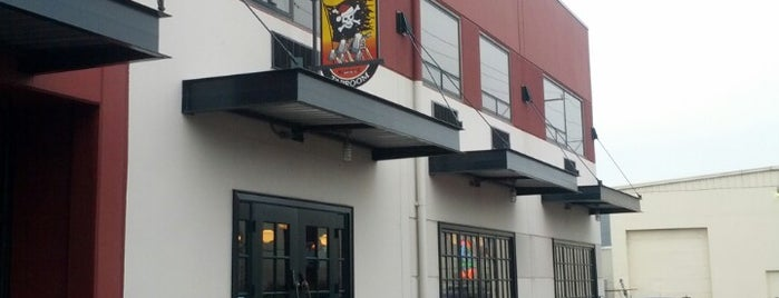 Jolly Roger Taproom is one of Beer Tout la monde.
