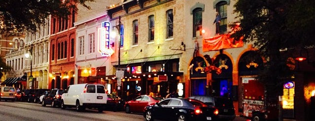 Iron Cactus Mexican Restaurant, Grill and Margarita Bar is one of Clubs, Pubs & Nightlife in ATX.
