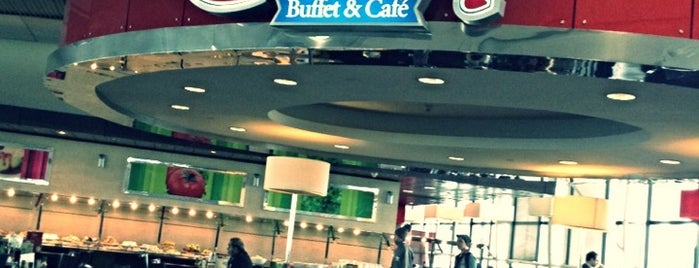 Gatsby Buffet & Café is one of Favorite Food.