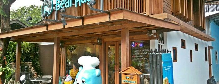 Bear Hug Café is one of ╭☆╯Coffee & Bakery ❀●•♪.。.