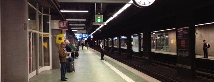 Frankfurt Airport Regional Railway Station is one of Bahnhöfe Deutschland.