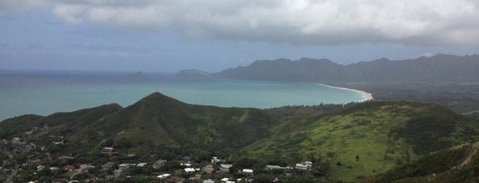 Lanikai Pillboxes Hike is one of Not For Tourists Hawaii.