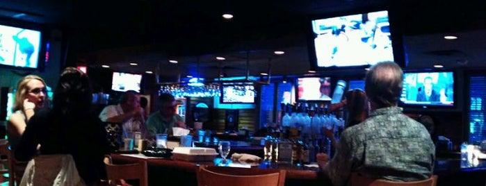 Gateway Lounge & Liquors is one of Restaurant's I like.....