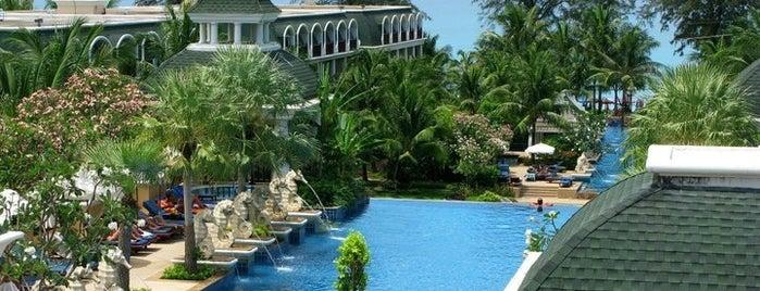 Phuket Graceland Resort & Spa is one of Гостиницы.