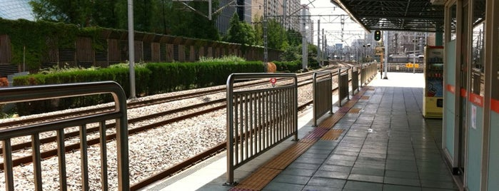 Sindorim Stn. is one of Subway Stations in Seoul(line1~4 & DX).