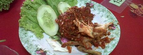 Ayam Penyet Ibu Yuli is one of Places in Pamulang. Tangerang..