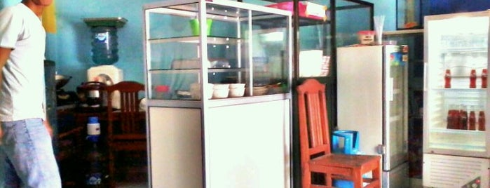 Bakso Babi is one of Best places in Salatiga, Indonesia.