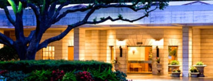 The St Regis Houston Is One Of 15 Best Hotels In