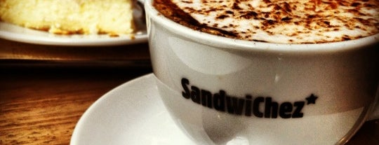 SandwiChez is one of Breakfast and nice cafes in Barcelona.