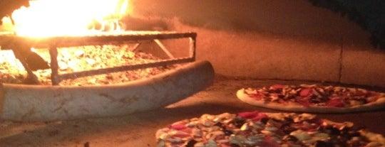 Olivia's Pizzeria is one of yemeicmeturizm.
