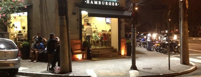 Osnir Hamburger is one of Hamburguers do Paulones.