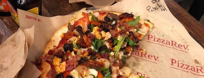 PizzaRev is one of Restaurantes.