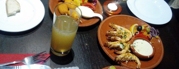 El Gallo Bueno is one of Restaurants.
