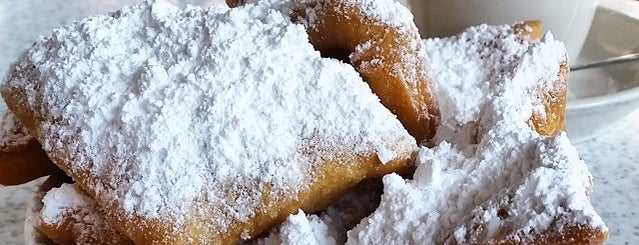 Café du Monde is one of Foodie!.