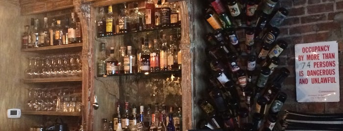 Fraunces Tavern is one of Favorite Bars.