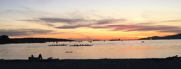 Sunset Beach is one of Travel Guide to Vancouver.
