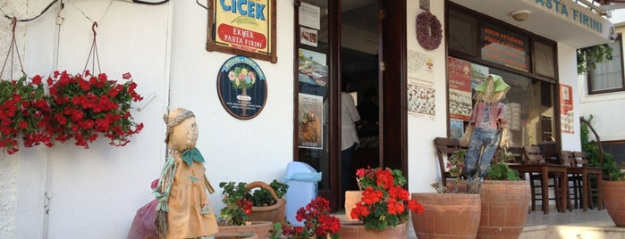 Çiçek Ekmek ve Pasta Fırını is one of doğallık..